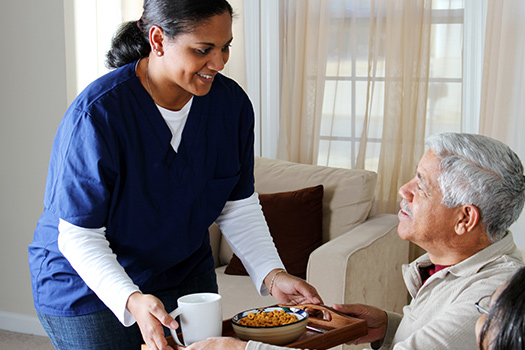 Ways to Motivate Aging Adults with Alzheimer's to Eat in Mississauga, ON
