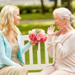 5 Ways to Celebrate Mother's Day with Your Aging Mom